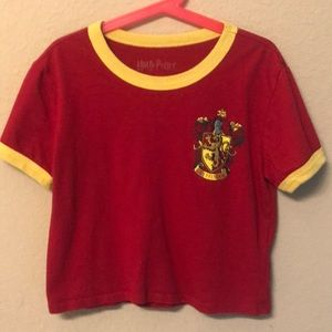 Harry Potter red and yellow shirt juniors xs